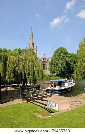 Boat by lock, Stratford-upon-Avon.