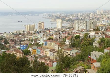 View to the residential area and harbor, Valparaiso, Chile.