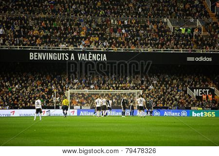 VALENCIA, SPAIN - JANUARY 4: Before a corner kick during Spanish League match between Valencia CF and Real Madrid at Mestalla Stadium on January 4, 2015 in Valencia, Spain