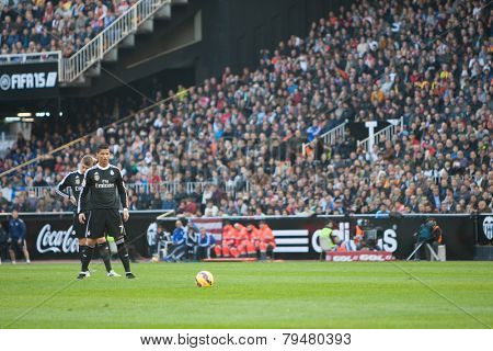 VALENCIA, SPAIN - JANUARY 4: Ronaldo (7) during Spanish League match between Valencia CF and Real Madrid at Mestalla Stadium on January 4, 2015 in Valencia, Spain