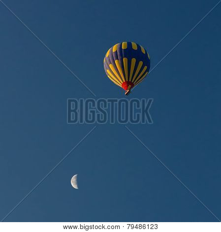 Balloon And Moon