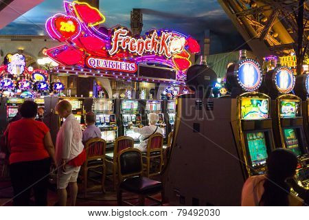 Paris Las Vegas Casino Nightlife