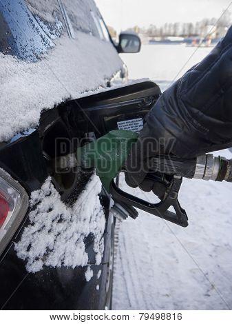 Hand Filling Fuel