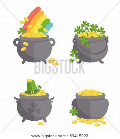 Pot with gold set.