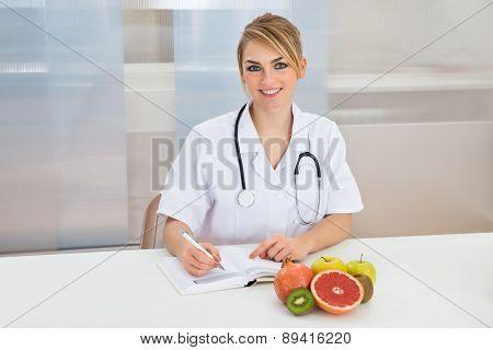 Female Dietician In Clinic