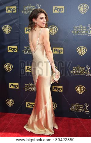 BURBANK - APR 26: Kate Mansi at the 42nd Daytime Emmy Awards Gala at Warner Bros. Studio on April 26, 2015 in Burbank, California