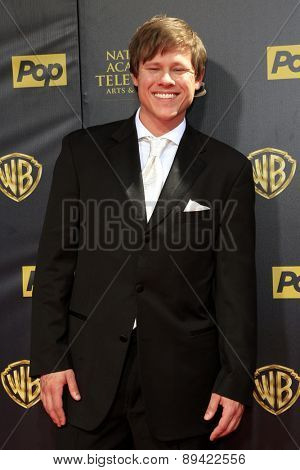 BURBANK - APR 26: Guy Wilson at the 42nd Daytime Emmy Awards Gala at Warner Bros. Studio on April 26, 2015 in Burbank, California