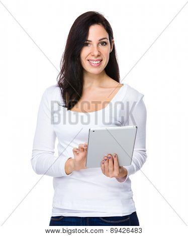 Brunette woman use of digital tablet