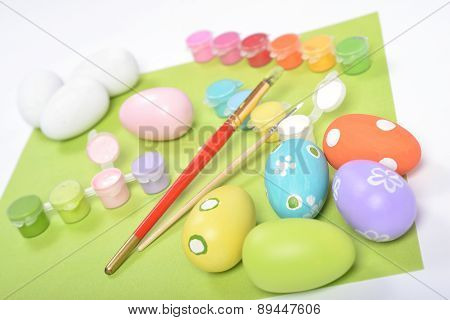 Wooden Eggs And Painting Accessories