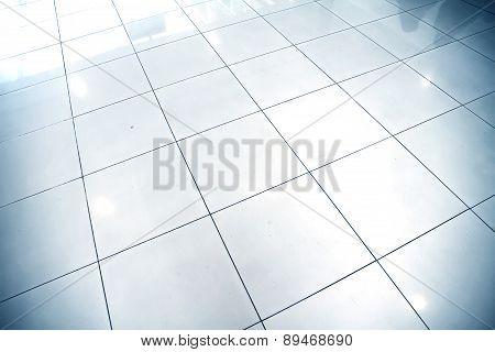 Reflective Floor.