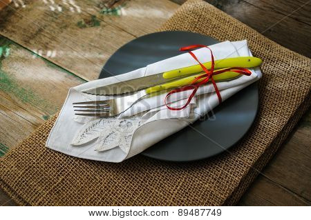 Spring Time Tableware