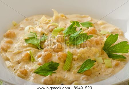 Chickpeas With Paprika, Cream Sauce