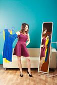 pic of mirror  - Fashion and shopping - JPG