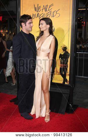 LOS ANGELES - AUG 20:  Zac Efron, Emily Ratajkowski at the