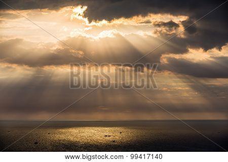 Crepuscular Sun Rays