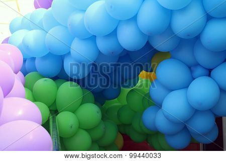 Tunnel made of balloons