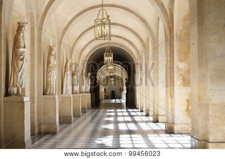 Grand wide stone passage