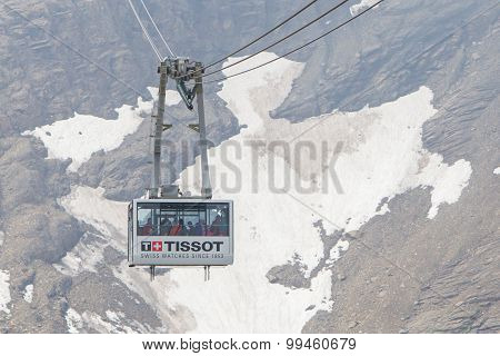 Les Diablerets, Swizterland - July 22: Ski Lift To Area Glacier 3000 On July 22, 2015. The Area Hous