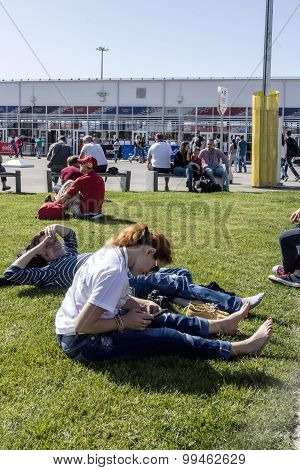 Formula 1 Fans Waiting For The Start Of Entry On The Territory Of Sochi Autodrom. ..