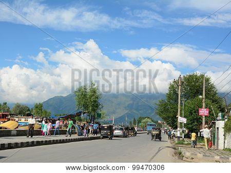 Many Vehicles On Street In Srinagar