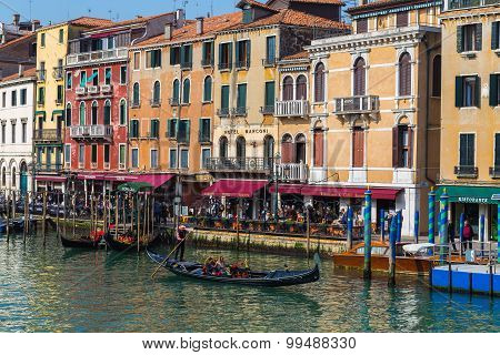 Buidlings And Boats In Venice