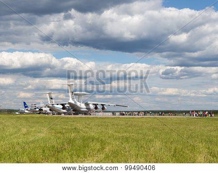 Many People At The Airfield Kubinka