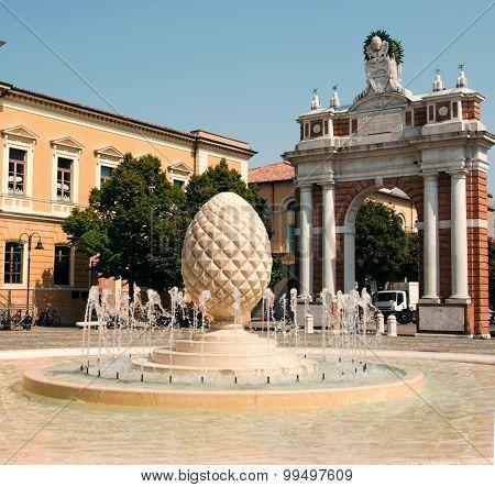 Rimini, piazza Ganganelli, Santarcangelo di Romagna