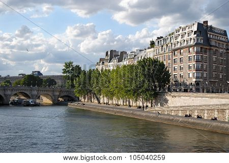 Seine embankment.