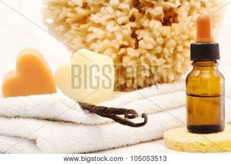 Vanilla Essential Oil And Spa Accessories