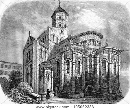 Apse of the church of Notre Dame du Port, vintage engraved illustration. Magasin Pittoresque 1867.