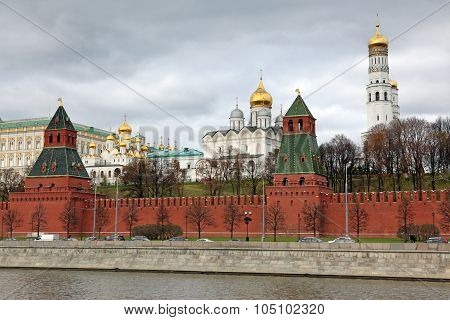 Moscow Kremlin Towers With Churches View Through Moskva River And Kremlin Wall, Russia