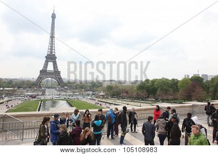 Paris - April 27:locals And Tourists At Eiffel Tower, Stands 324