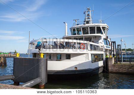 Passenger Ferry Suomenlinna Sveaborg
