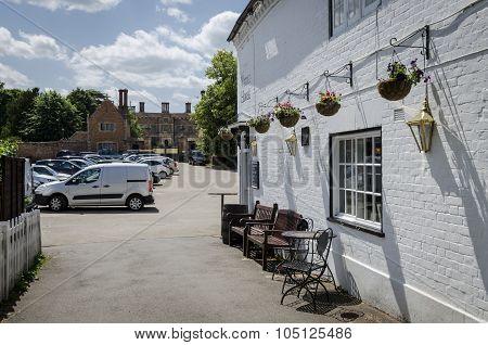 Chilham Pub And Castle