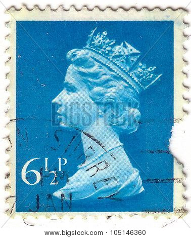 United Kingdom - Circa 1971: An English Used First Class Postage Stamp Showing Portrait Of Queen Eli