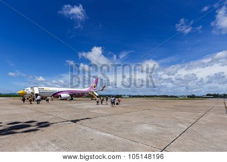 Boeing 737-800 Of Nokair Landed With Passangers At Surat Thani Airport Thailand