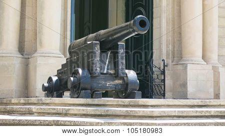 Fort Sant Angelo entrance gun, Malta, Valetta