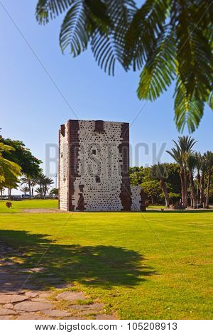 Tower Torre del conde in San Sebastian - La Gomera Island - Canary Spain