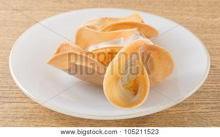 Thai Crispy Pancake With Coconut Cream And Fios De Ovos