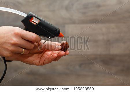 Hot Melt Gun.