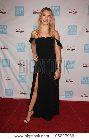 LOS ANGELES - OCT 16:  Sadie Calvano at the 44th Annual Peace Over Violence Humanitarian Awards at the Dorothy Chandler Pavilion on October 16, 2015 in Los Angeles, CA