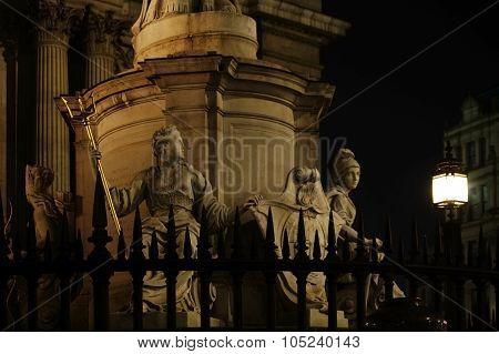 Queen Anne Sculpture London