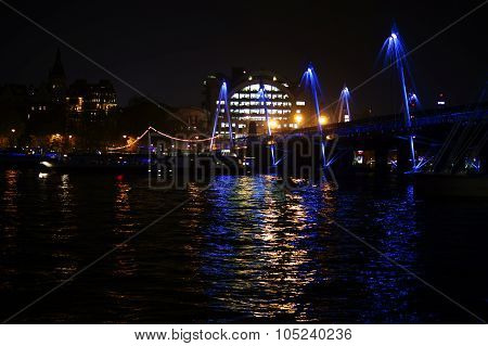 Hungerford Bridge London