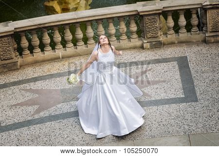 Bride The Dancing On the terrace of the castle