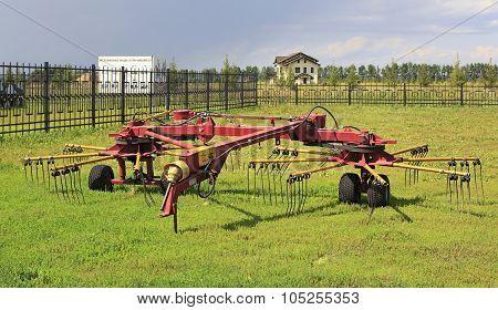 Tedder rake rotary HWR-6R.