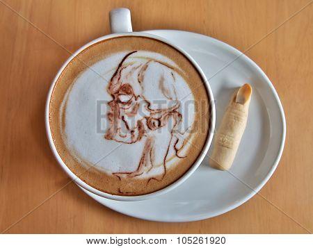 Coffee Halloween, Latte art as a skull ghost