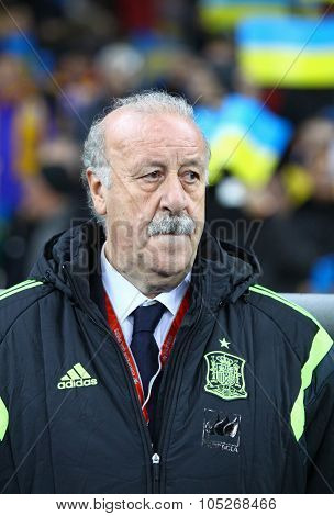 Vicente Del Bosque Of Spain