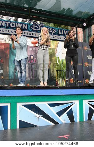 LOS ANGELES - OCT 17:  Cameron Boyce, Dove Cameron, Sofia Carson at the Stars of