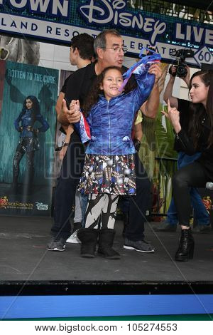 LOS ANGELES - OCT 17:  Kenny Ortega, Fan, Sofia Carson at the Stars of