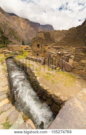Details Of Ollantaytambo, Former Inca City, Peru